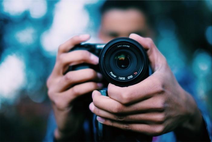 photographer-698908_960_720